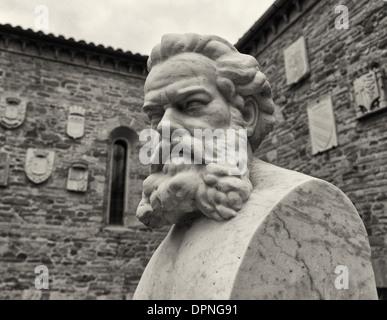 La Chiesa di Polenta (Polenta Church) with bust of Dante Alighieri, Emilia Romagna - Stock Photo
