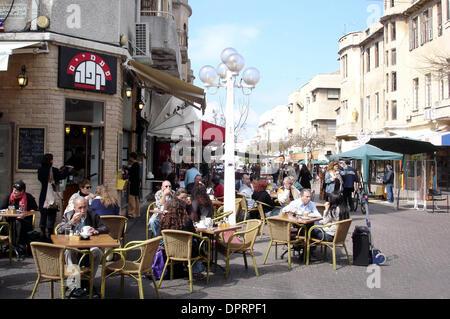 Dec 31, 2008 - Tel Aviv, Israel - Coffee Shop in Tel Aviv, Israel. (Credit Image: © Rafael Ben-Ari/Chameleons Eye/ZUMA - Stock Photo