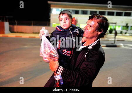 Jan 28, 2009 - Erez, Israel - A Palestinian child who became an orphan from the recent war between Israel and Hamas, - Stock Photo