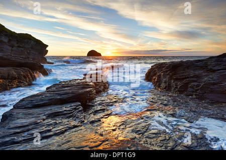Evening light on the North Cornish Coast at Trebarwith Strand. - Stock Photo