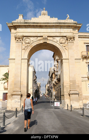 the Porta Reale, entry into the historic center of Noto, the famouse Baroque town listed as World Heritage by UNESCO - Stock Photo