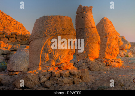 Huge sculpted heads Mt. Nemrut National Park Turkey Ancient remnants of 2,000 year old Commagene culture on 7,000 - Stock Photo
