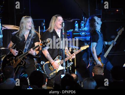 Feb 28, 2009 - Raleigh, North Carolina - (L-R) Guitarist BEN WELLS, Singer/Guitarist CHRIS ROBERTSON, and Bass Guitarist - Stock Photo