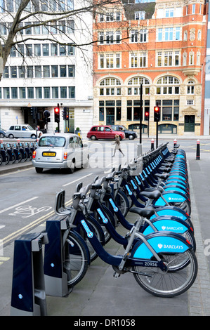 London, England, UK. Boris Bikes / bicycles for hire on Farringdon Street - Stock Photo