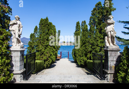 Luxury entrance to a small port in front of Isola Bella, Lago Maggiore, Italy - Stock Photo