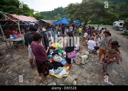 Hanunoo Mangyans at a Mangyan market near Mansalay, Oriental Mindoro, Philippines. - Stock Photo
