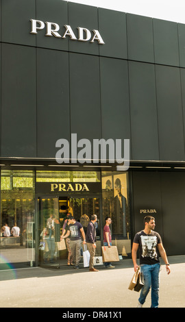 prada luxury fashion designer store at fifth avenue manhattan new stock photo royalty free. Black Bedroom Furniture Sets. Home Design Ideas
