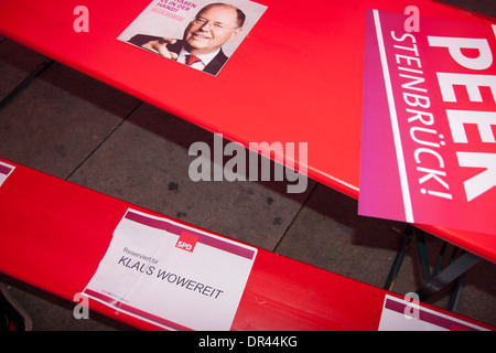Pre-election party of SPD at Alexanderplatz in Berlin. - Stock Photo