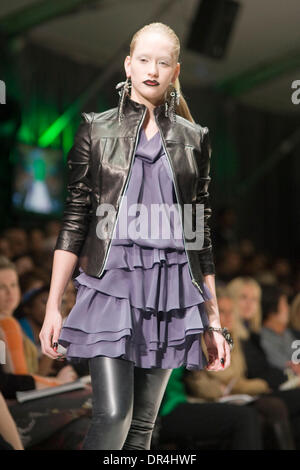 Mar 19, 2009 - Toronto, Ontario, Canada - Designers on the runway for NADA during Loreal Fashion Week 2009, Fall/Winter - Stock Photo