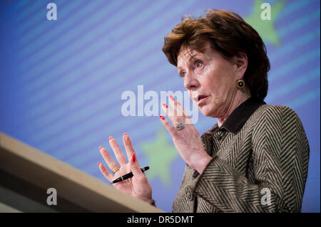 Feb 25, 2009 - Brussels, Belgium - European commissioner for competition NEELIE KROES from the Netherlands hold - Stock Photo