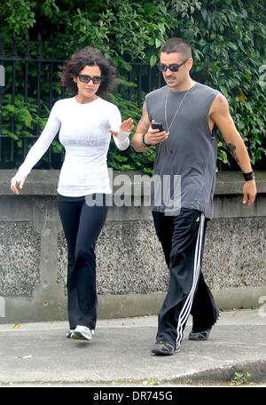 vente chaude en ligne 8813f f1464 Colin Farrell dressed casually in Adidas tracksuit bottoms ...
