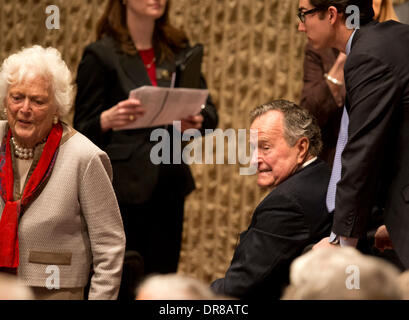 Former U.S. President George H.W. Bush and Barbara Bush arrive to listen to  Robert Gates talks about his new book, - Stock Photo