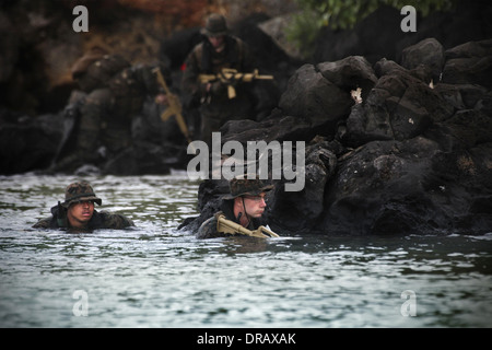US Marines with 3rd Reconnaissance Battalion, 3rd Marine Division, conduct amphibious operations during Exercise - Stock Photo