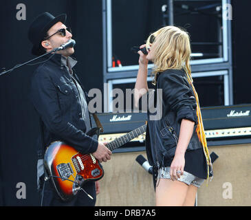 James Shaw and Emily Haines of Metric Barclaycard Wireless Festival 2012 - Day 1 London, England - 06.07.12 - Stock Photo