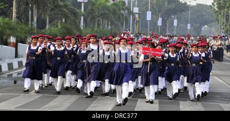 Mumbai, India. 23rd Jan, 2014. Indian militiawomen rehearse for the Republic Day 2014 celebrations in Mumbai, India, - Stock Photo