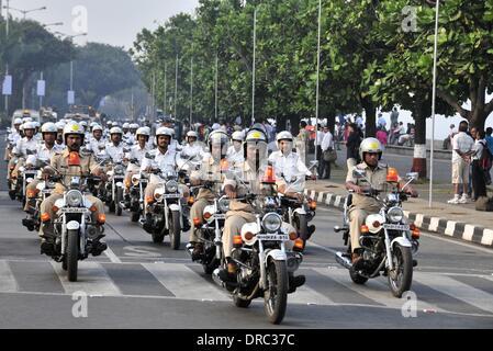 Mumbai, India. 23rd Jan, 2014. Indian policemen rehearse for the Republic Day 2014 celebrations in Mumbai, India, - Stock Photo