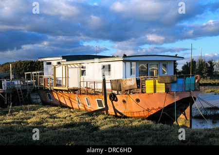 Houseboat on the banks of the river Adur, Shoreham-by-Sea, West Sussex, England, UK - Stock Photo