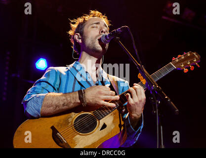 Charlie Winston performing at Jazz A Juan Festival  Nice, France - 15.07.12 - Stock Photo