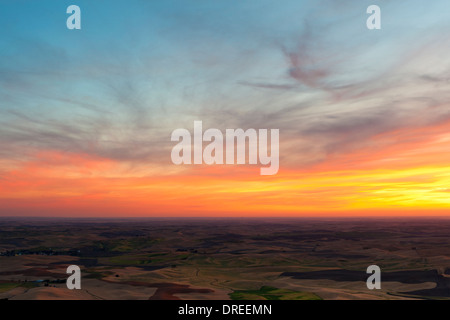 Sunset view of the Palouse Hills of Whitman County, Washington State, USA, seen from the top of Steptoe Butte State - Stock Photo
