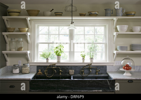Maryland USA interior traditionally built furnished farmhouse - Stock Photo