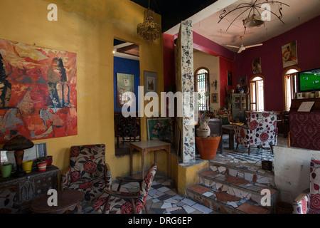 Interior of Duinde gallery and coffeehouse in Rainbow street Amman Jordan - Stock Photo
