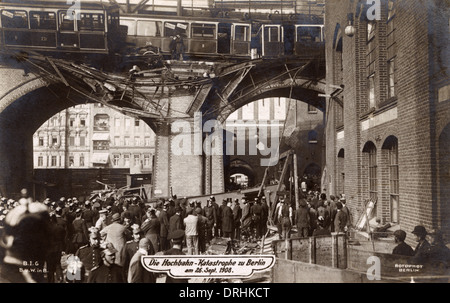 Accident on Berlin elevated railway - Stock Photo