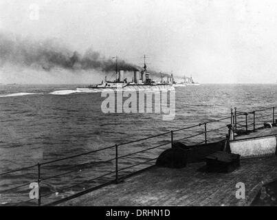 Four British battle cruisers at sea, WW1 - Stock Photo