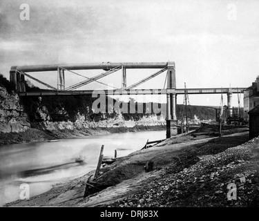 Brunel's Iron Railway Bridge, Chepstow, UK - Stock Photo