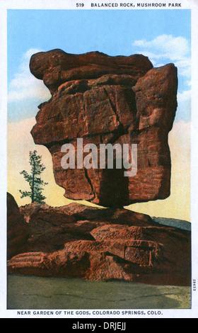 Balanced Rock, Garden of the Gods Park, Colorado Springs - Stock Photo