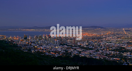 Look of the signal Hill on Capetown by the blue hour, western cape, west cape, South Africa, Africa, Blick vom Signal - Stock Photo