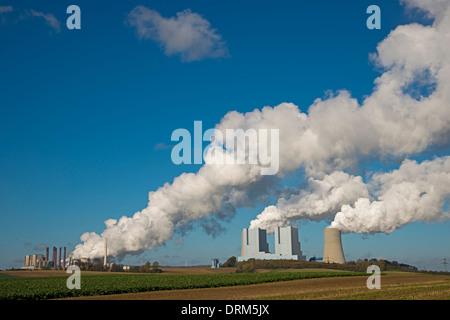 Germany, North Rhine-Westphalia, Grevenbroich-Neurath, old and new Neurath Power Station - Stock Photo
