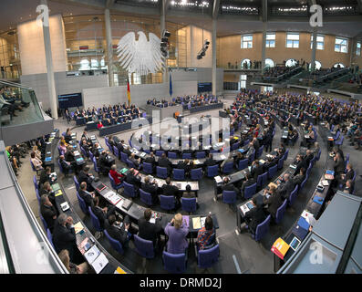 Berlin, Germany. January 29th 2014. Inportante speech of the German Chancellor in the BundesTag moves all Parliament  and all German Ministers. Goncalo Silva/ScholzPress