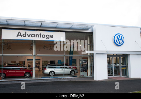 Volkswagen showroom front for the Stirling dealership. - Stock Photo
