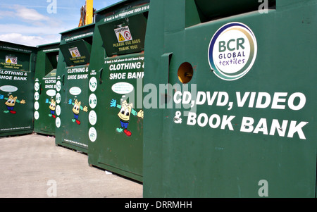 Recycling at a rubbish tip - Stock Photo