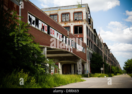 The ruins of an automobile factory abandoned in 1956 . Packard plant in Detroit, Michigan. - Stock Photo