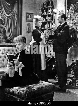 GASLIGHT 1944 MGM film with from left: Ingrid Bergman, Angela Lansbury and Lawrence Grosssmith