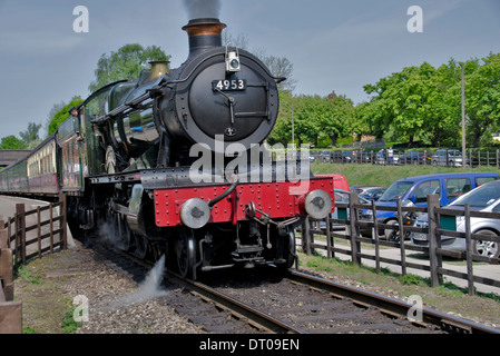 Preserved ex GWR locomotive 4953 Pitchford Hall pulls out of Rothley station on the Great Central Railway in Leicest - Stock Photo