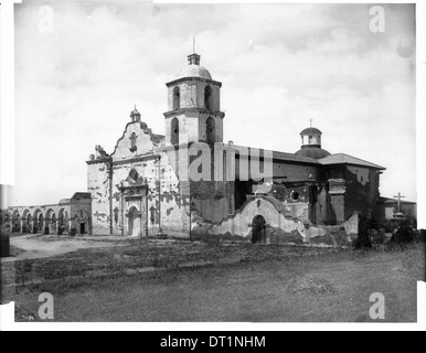 General view of the main south front of Mission San Luis Rey de Francia, ca.1898-1900 - Stock Photo