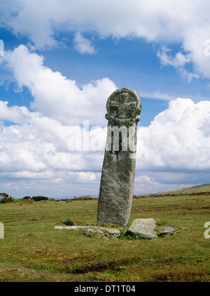 Long Tom (Minions Cross) beside a minor road on Bodmin Moor, Minions, Cornwall: a Medieval boundary point & waymark, - Stock Photo