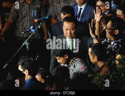 (140207) -- JAKARTA, Feb. 7, 2014 (Xinhua) -- Indonesian Justice and Human Rights minister Amir Syamsuddin (C) makes - Stock Photo
