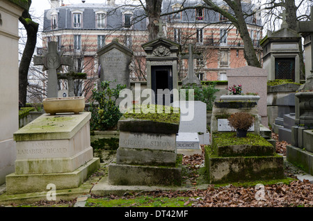 Graves at Pere Lachaise, the largest Cemetery in Paris, France. - Stock Photo