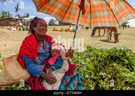 A Dorze Woman With Baby At The Thursday Market In The Village Of Hayto, near Arba Minch, Ethiopia - Stock Photo
