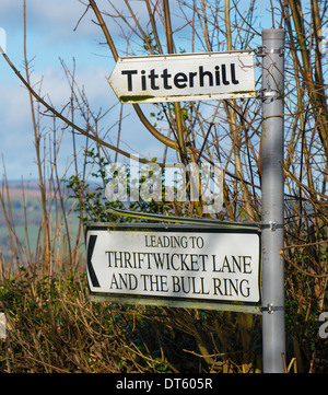 A sign post for Titterhill and Thriftwicket Lane in a country lane, Shropshire, England. - Stock Photo
