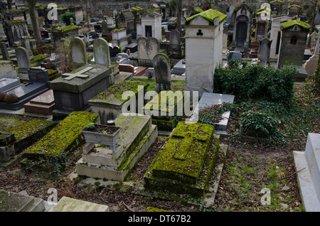 Graves and tombs at Pere Lachaise, the largest Cemetery in Paris, France. - Stock Photo