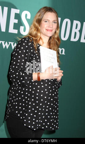 New York, New York, USA. 10th Feb, 2014. Actress DREW BARRYMORE promotes her new book 'Find It In Everything: Photographs - Stock Photo