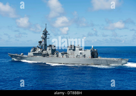 Pacific Ocean, June 20, 2013 - The Japan Maritime Self-Defense Force destroyer JS Murasame (DD-101). - Stock Photo