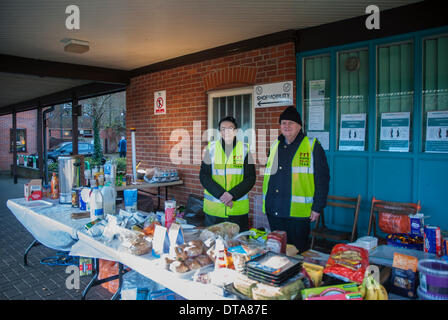 Marlow, UK. 13th Feb, 2014. Andrew and Celia Mumford from the Plymouth Brethren Christian Church Rapid Relief Team - Stock Photo