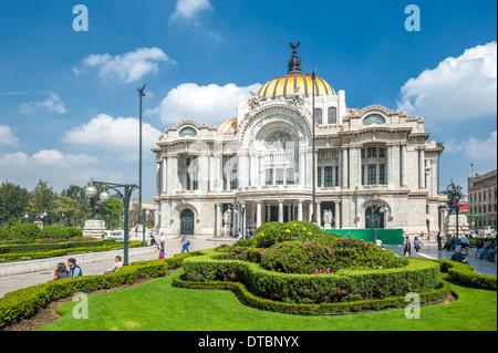 Palacio de Bellas Artes, Mexico city - Stock Photo