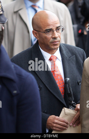 Paul Edwards, driver of former News of the World editor Rebekah Brooks, arrives at the Old Bailey court in central - Stock Photo