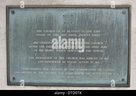 St Dunstan-in-the-East Plaque, London, England. - Stock Photo